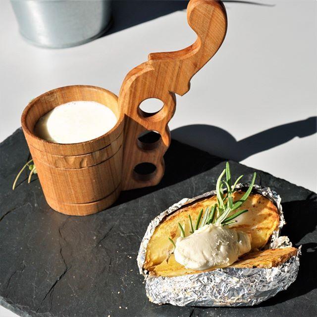 Regionalnie Klasyka Pieczony Ziemniak Bryndza I Maslanka Palce Lizac Nowytarg Zakopane Podhale Kuchniapolska Kuchnia Res Food Camembert Cheese Cheese