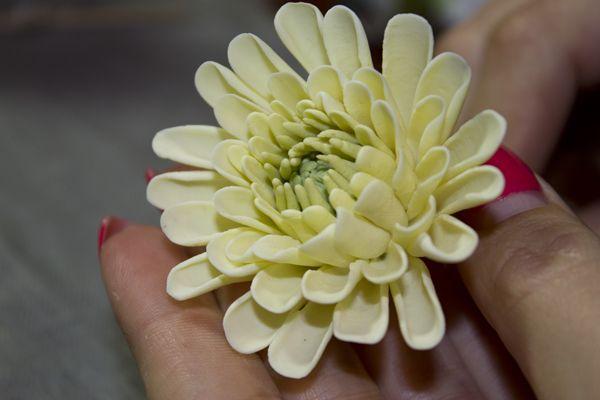Хризантема « Керамическая флористика. Цветы из холодного фарфора. Уроки и мастер-классы