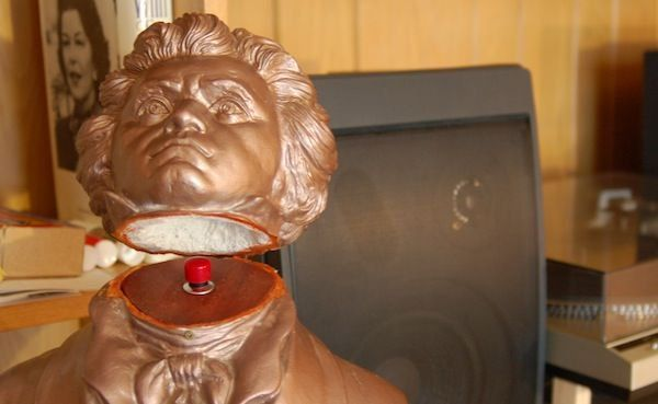 Wireless Light Switch in a Bust by TheNewHobbyist — via Instructables