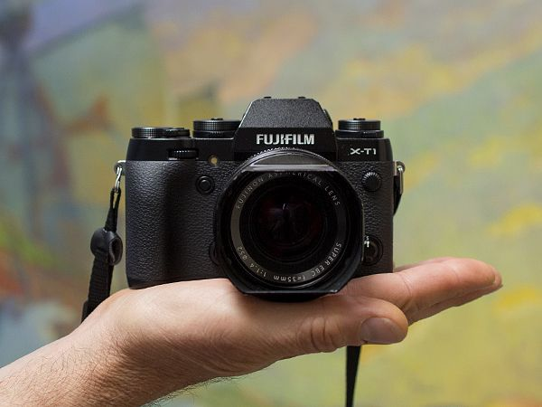 Top 10 Compact Cameras for Travelers -- National Geographic