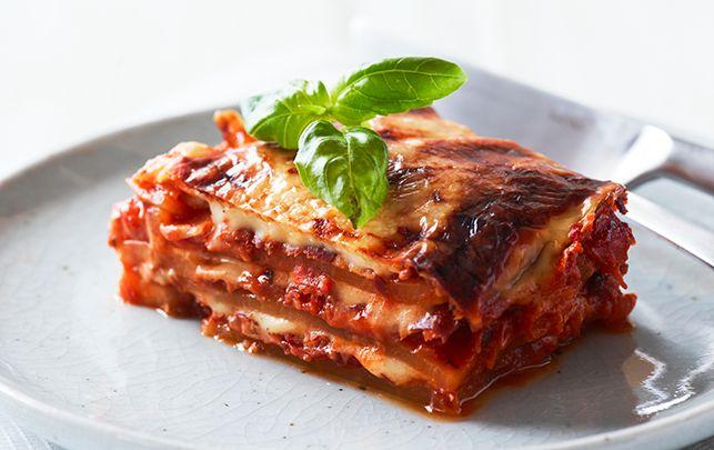 Kålrabi-lasagne med sprød parmaskinke