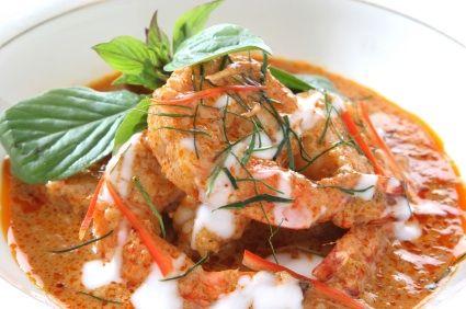 Platillo de camarones típico de la zona de Veracruz en México. Preparados con una salsa de chipotle y jitomate con toques de orégano. Rico como entrada o plato fuerte.