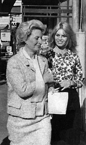 Brigitte Bardot with her mother Anne-Marie 'Toty' Bardot