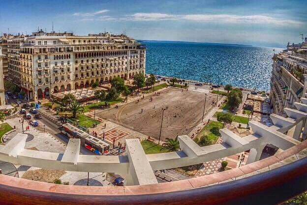 Aristotelous Square is located in the modernist heart of Thessaloniki. It doesn't only house a statue of the famous philosopher, but also lots and lots of terraces.