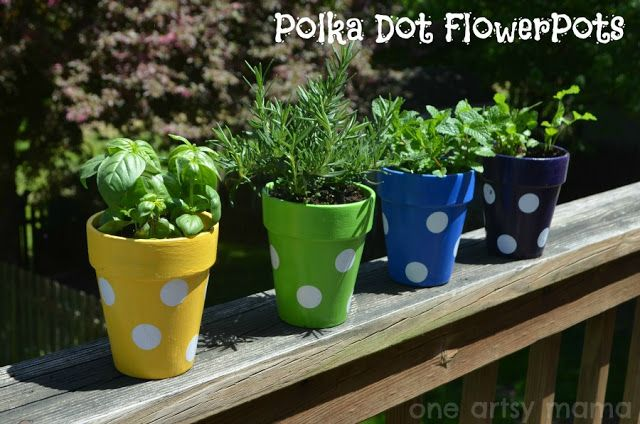 Polka Dot Flowerpots | One Artsy Mama