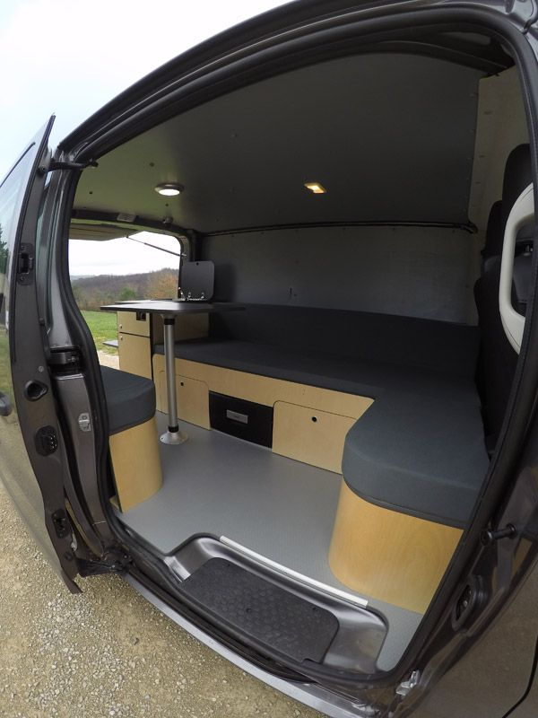 17 meilleures id es propos de fourgon camping car sur pinterest camion camping car cars. Black Bedroom Furniture Sets. Home Design Ideas