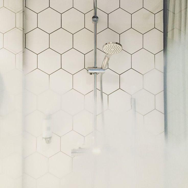 Pulire le guarnizioni del box della doccia