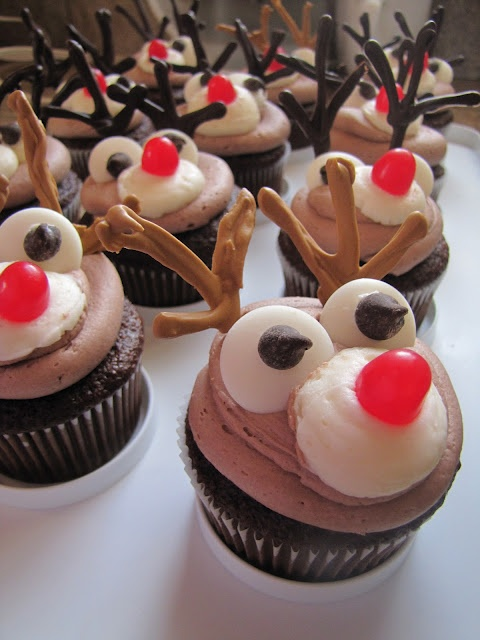 Rudolph Cupcakes... Buy ingredients from Booker!  http://www.pta.co.uk/fundraising/seasonal-ideas/summer-fair-savings-with-booker.aspx