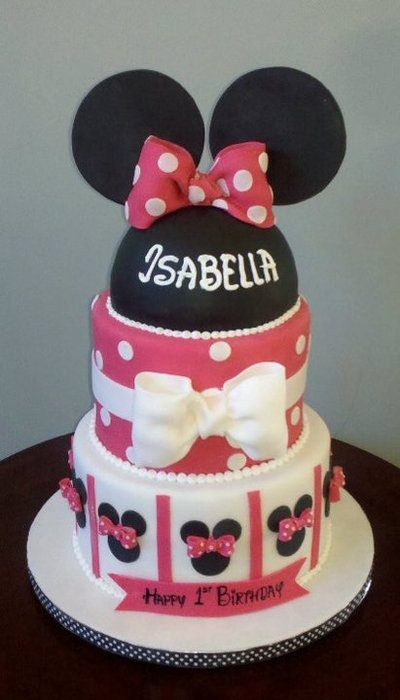 Minnie Mouse cake for her 2nd birthday! :)