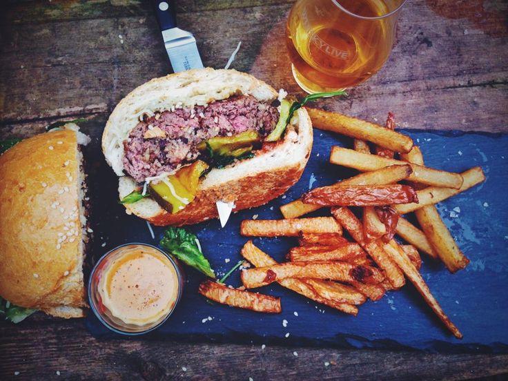Haggis & beef burger | burn's night