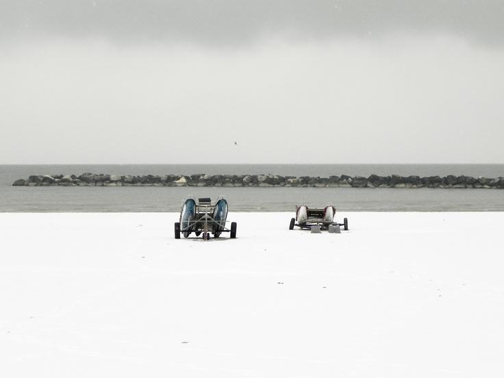 La neve sulla spiaggia.