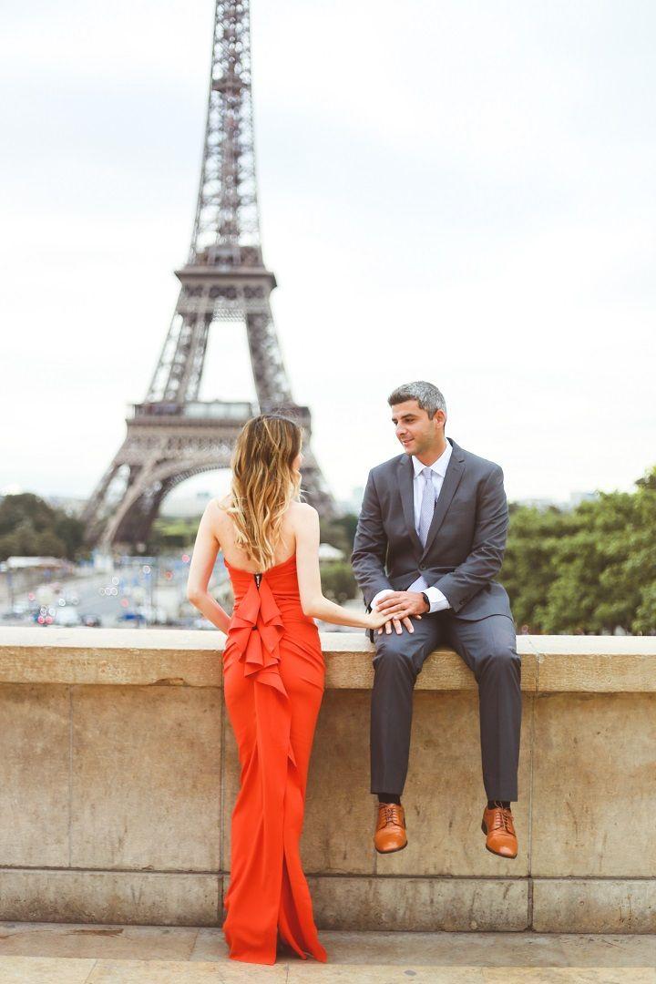 Vibrant Orange Dress for A Destination Paris Engagement photo | fabmood.com #engagement #engagementphoto #paris #parisengagement #engagementphoto #engaged