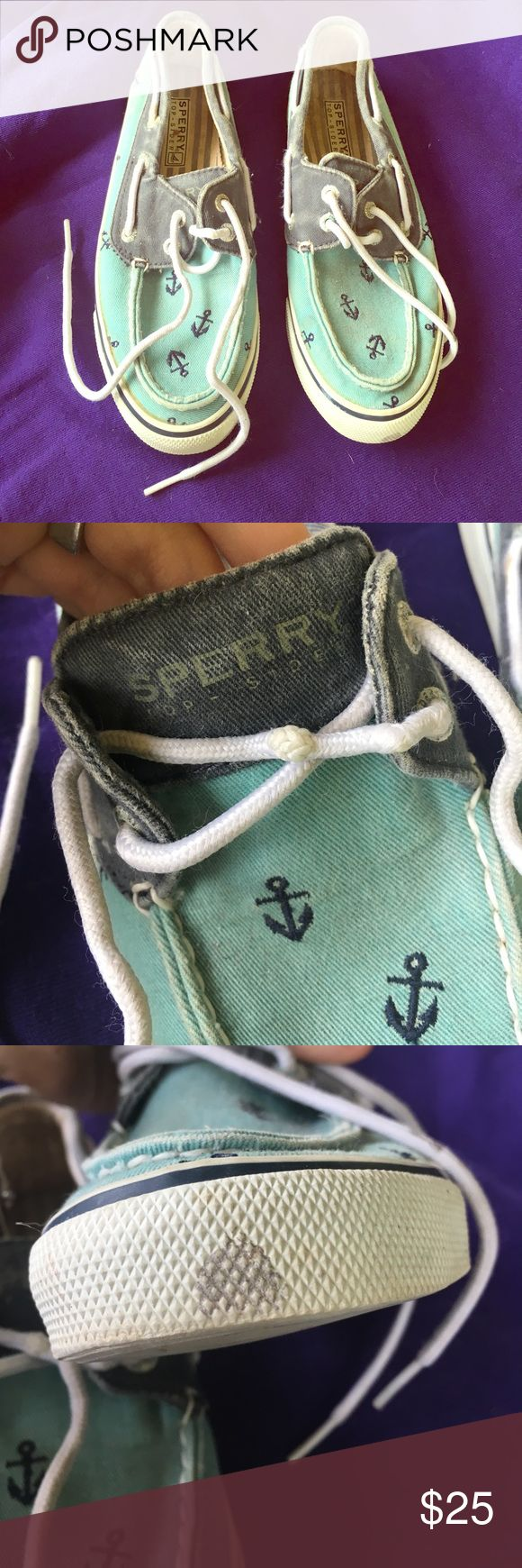 ✨FLASH SALE Sperry top-siders These shoes are relatively worn, but still have a lot of life left in them! Sperry Top-Sider Shoes