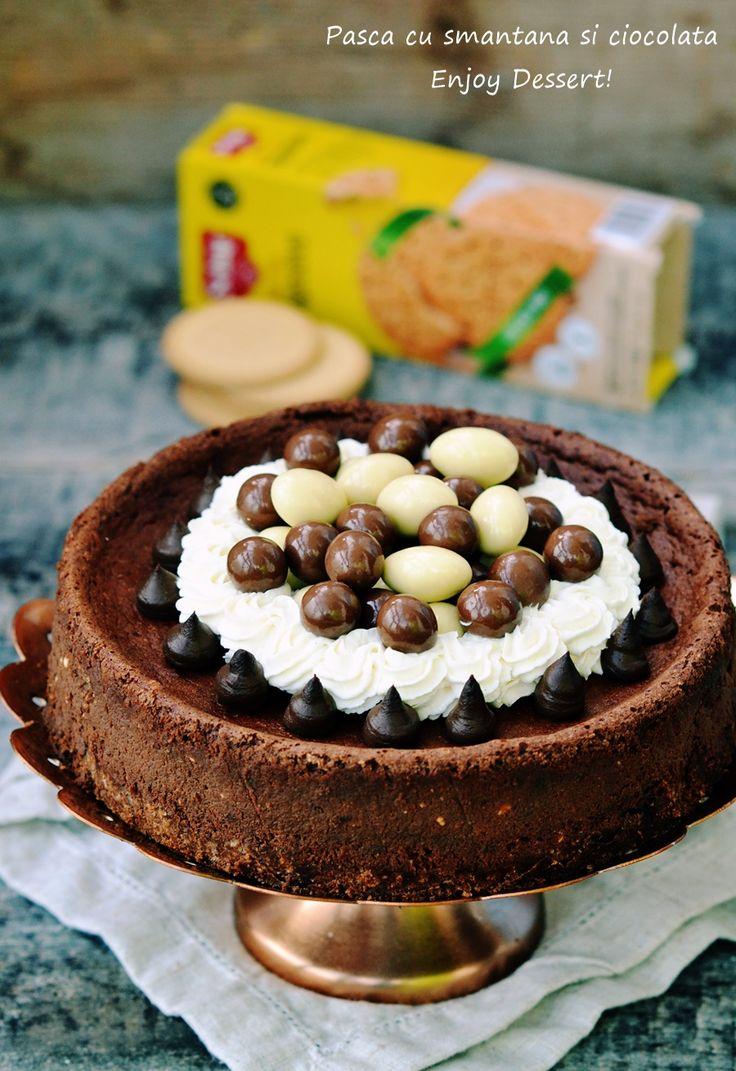 Pasca traditionala cu branza si stafide era desertul meu favorit de Paste. Pasca cu smantana si ciocolata este noua mea preferinta in ceea ce priveste deserturile Pascale traditionale. Si nu numai. Aceasta pasca poate fi facuta oricand si consumata ca un desertde senzatie intr-o duminica frumoasa in familie. Pasca cu smantana si ciocolata este cremoasa, […]