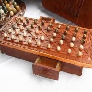 Fanorona, an awesome board game from Madasgacar