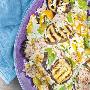 Recept - Rijstsalade met tonijn en olijven - Allerhande