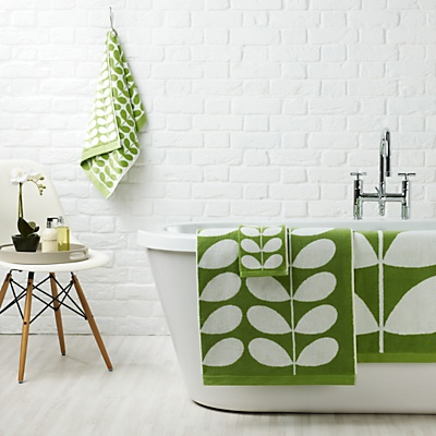 First home essentials: Orla Kiely stem jacquard towels #johnlewis #bathroom #home Registering your list is free and easy - simply call or visit your local shop, or go online: www.johnlewisgiftlist.com