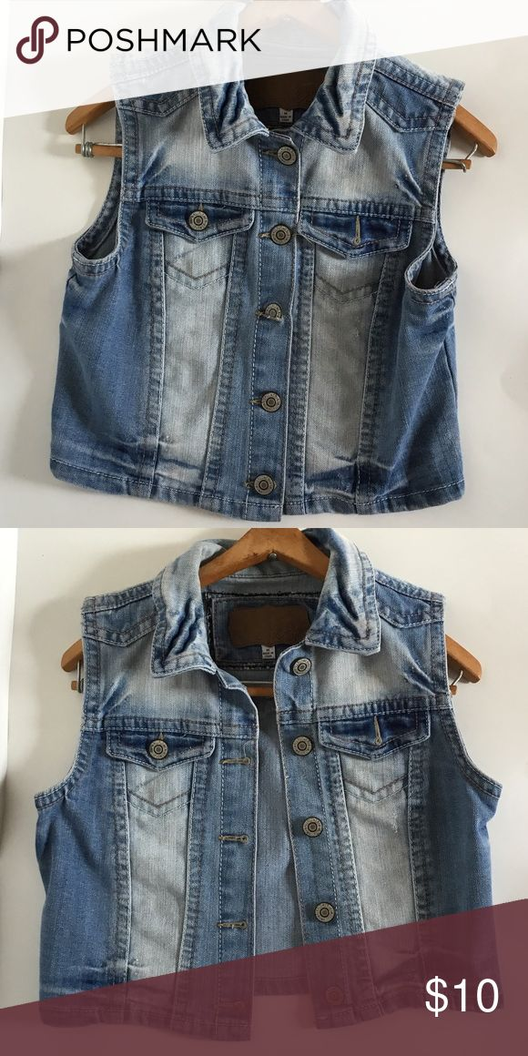 Wallflower Jean Jacket Used Cropped Sleeveless Jean Jacket Wallflower Jackets & Coats Jean Jackets