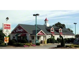 Friendlys Belmont st Brockton Ma - I have eaten so many sundaes here!!!