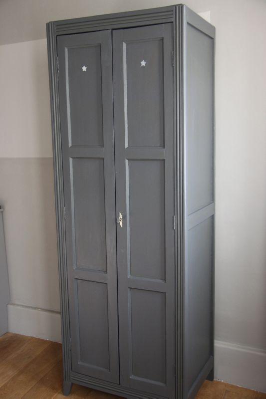 Armoire transformée en vestiaire double, Gris - petite belette