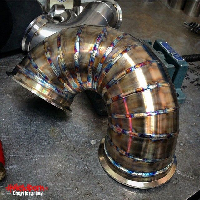 """""""Custom offset, radius and looks badass. Sorry but this is why we love pie @charlieturbos #weldporn GET WELL SOON"""""""