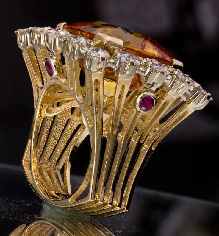 Кольцо с Топазом и Алмазами Ring with Topaz and Diamonds  #ring #moscow #алмаз #москва #выставка #красота #бриллиант #мода #любовь #fashion #бусы #кольцо #jewelry #flowers #ярмарка #цветы #gemstone #exclusive #handmade #эксклюзив #подарок #ювелир #almaz #перстень #diamond #сувенир #галерея #цитрин #quartz #citrine