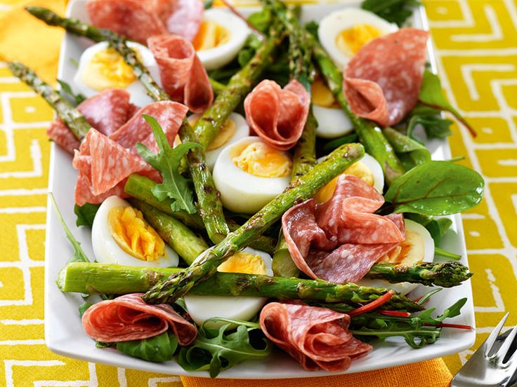 aggsallad-salami-sparris-recept
