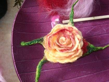 Anleitung zum Rosen filzen by Cacane Flizrausch.net