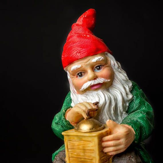 Christmas Santa Claus  Scandinavian  Nisse Gnome Tomte sitting
