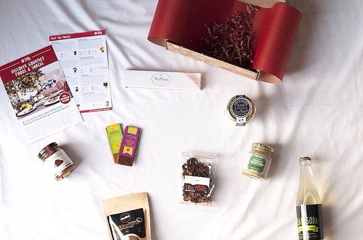 January's artisan foodie box unpacked in all its glory! @CraftSoda @Lexi_Bird @Moonbean_Unbakery @DarlingSweetDS