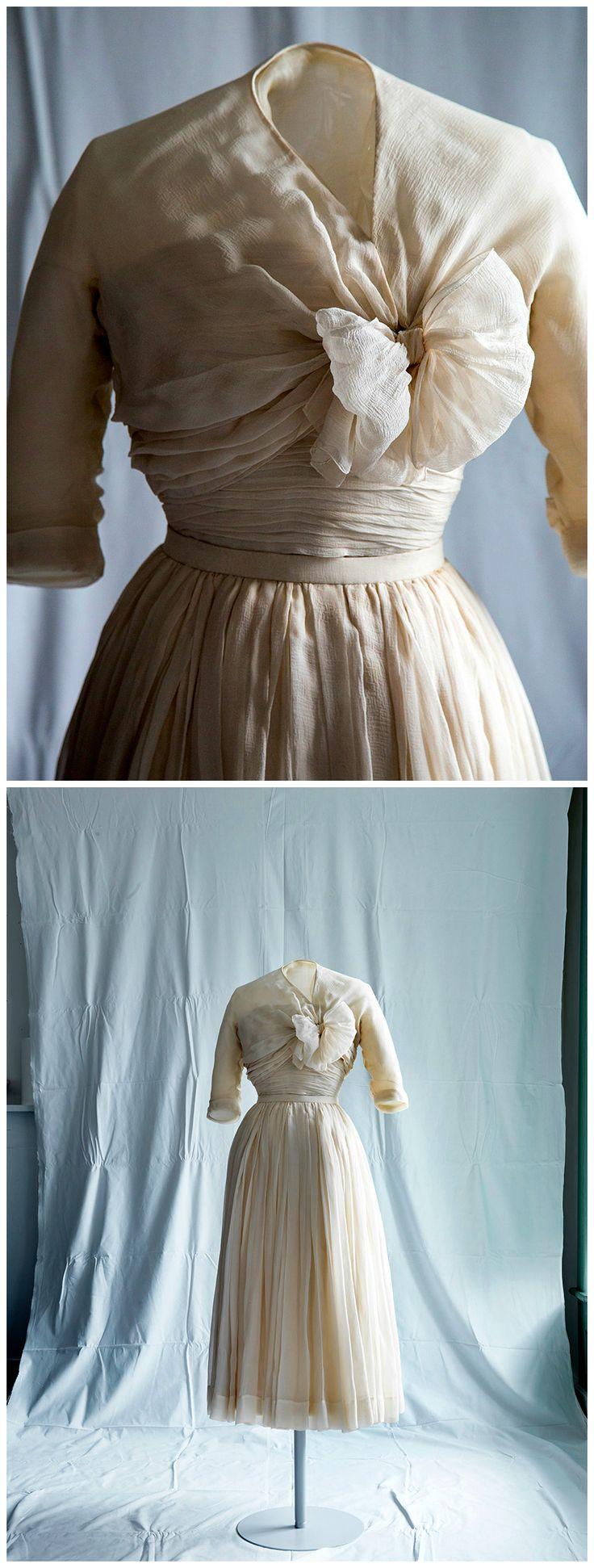 377 best The Royal Wardrobe images on Pinterest   Royalty, British ...