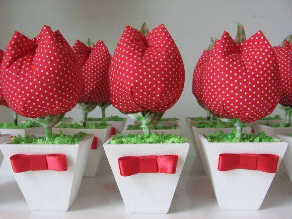 Vasinhos de tulipas de tecido. Tecidos 100% algodão, perfumadas. Embaladas em saquinhos de celofane, fitas de cetim e um tag de brinde !! R$ 6,50