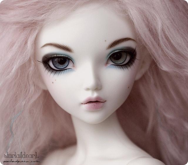 Beautiful faceup on Minifee Chloe