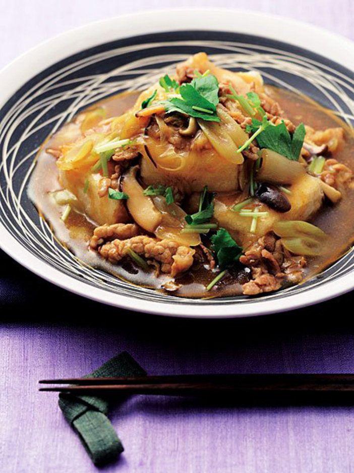 揚げだしの衣にカレーがからんで、箸が止まらないおいしさ。|『ELLE a table』はおしゃれで簡単なレシピが満載!
