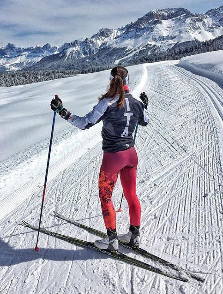 красивое фото красивых лыжниц далеко все