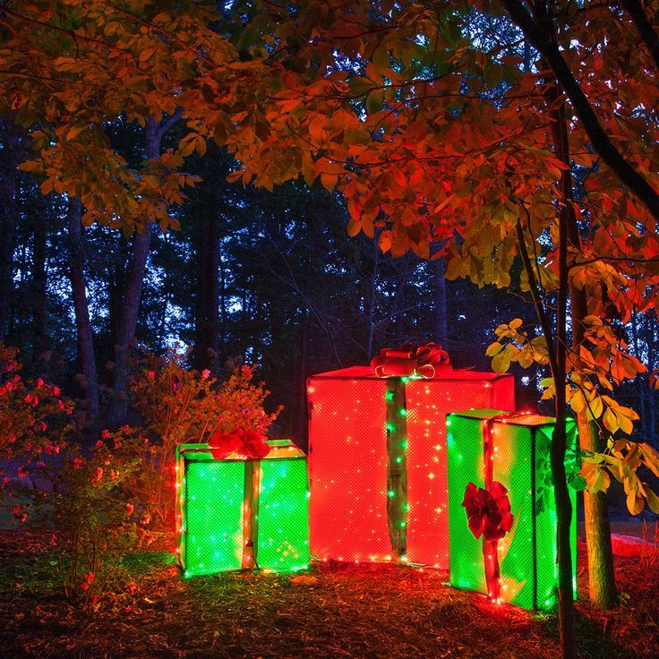 Diy Christmas Light Decoration Ideas: 25+ Unique Christmas Yard Decorations Ideas On Pinterest