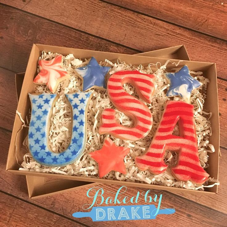 Another Memorial Day Cookie Option Available For Preorder 3 Large 4 Small Cookies Boxed 12 Available For Pickup Saturday At Memorial Day Boxed Drake