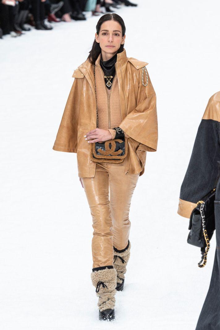 17 Must-See Looks from Karl Lagerfeld's Last Chanel Runway Show – Deborah Bowles
