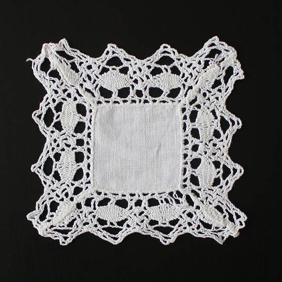 Vintage fine crochet doily 100% cotton white colour