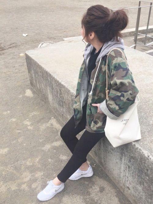 maiko |LE MARCHE DE VIMPETS PRISのショルダーバッグを使ったコーディネート - WEAR