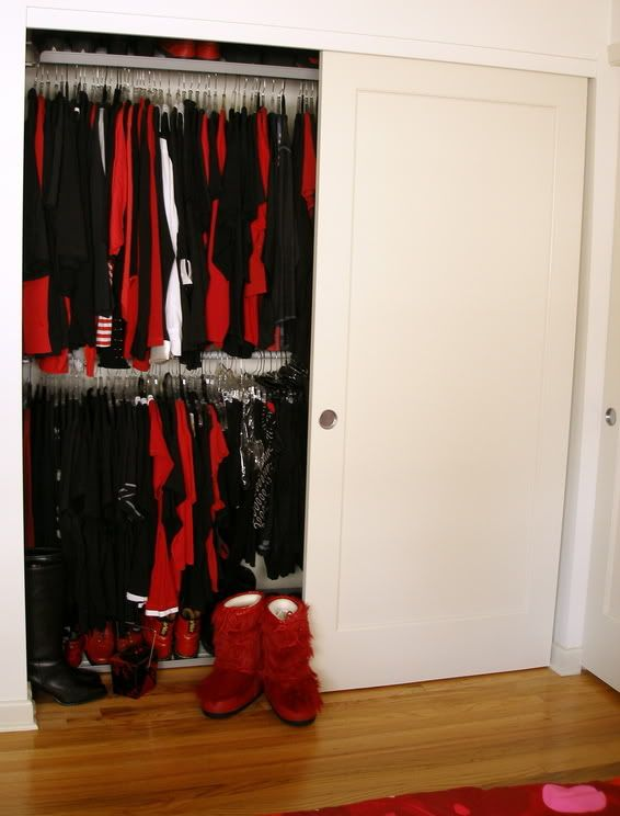 Photography | An Asian on Occasion ... Stolmen system inside an existing closet