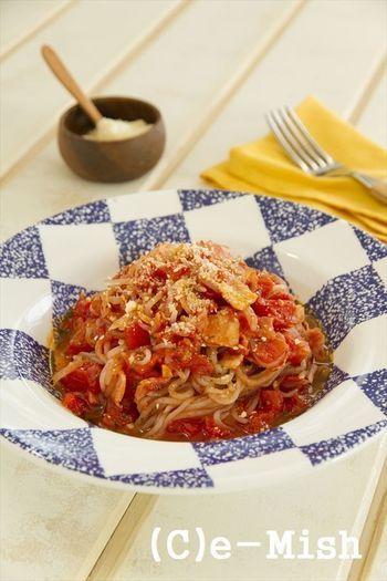 しらたき」でお手軽ダイエット!低カロリーな美味しいレシピを集めたよ ... 夏になると特に食べたくなる、トマトとバジルの組み合わせ。 オリーブオイル