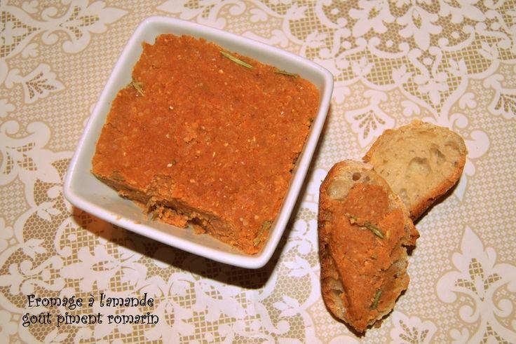 Fromage à l'amande goût piment romarin