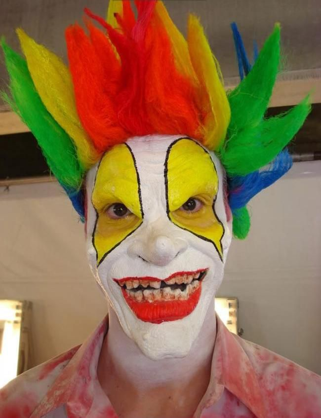 The 25+ best Scary clown costume ideas on Pinterest | Scary clown ...