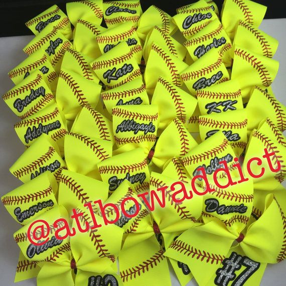 An adorable white or neon yellow softball bow with glitter letters and design. We will customize with your team or name and number. Please make a note in the notes section what the name and # is when you purchase.  Made on a 3 base grosgrain ribbon. Strongly secured to a black elastic hair tie.  Your bow will be packaged and shipped in a box to ensure it arrives perfectly.    Please inquire about custom and team orders.