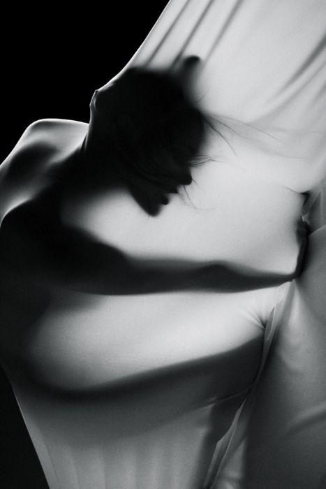 Francesca Mazzucato  photography: Boudoir Photography, Boudoir Lightnatur, Black And White, Shadows Artists, Men Fashion Black White, Boudoir Silhouette, Lights Boudoir, Glam Photography, Artists Photoshoot