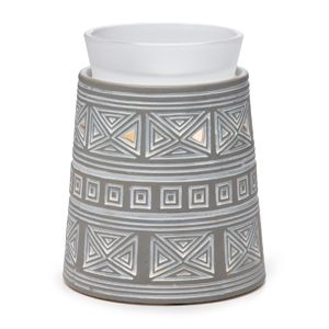 Hidalgo Scentsy Warmer DELUXE Make it modern. Reminiscent of the pyramids of the Aztec Empire, Hidalgo brings an urban edge to your home. Featuring an infinite pattern whitewashed on a smoky gray finish, topped with a frosted glass dish.