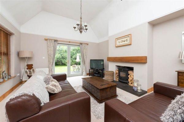 49 Tullykin Road, Downpatrick #northernireland #propertynews #propertynewsni #downpatrick #forsale #buynow #livingroom