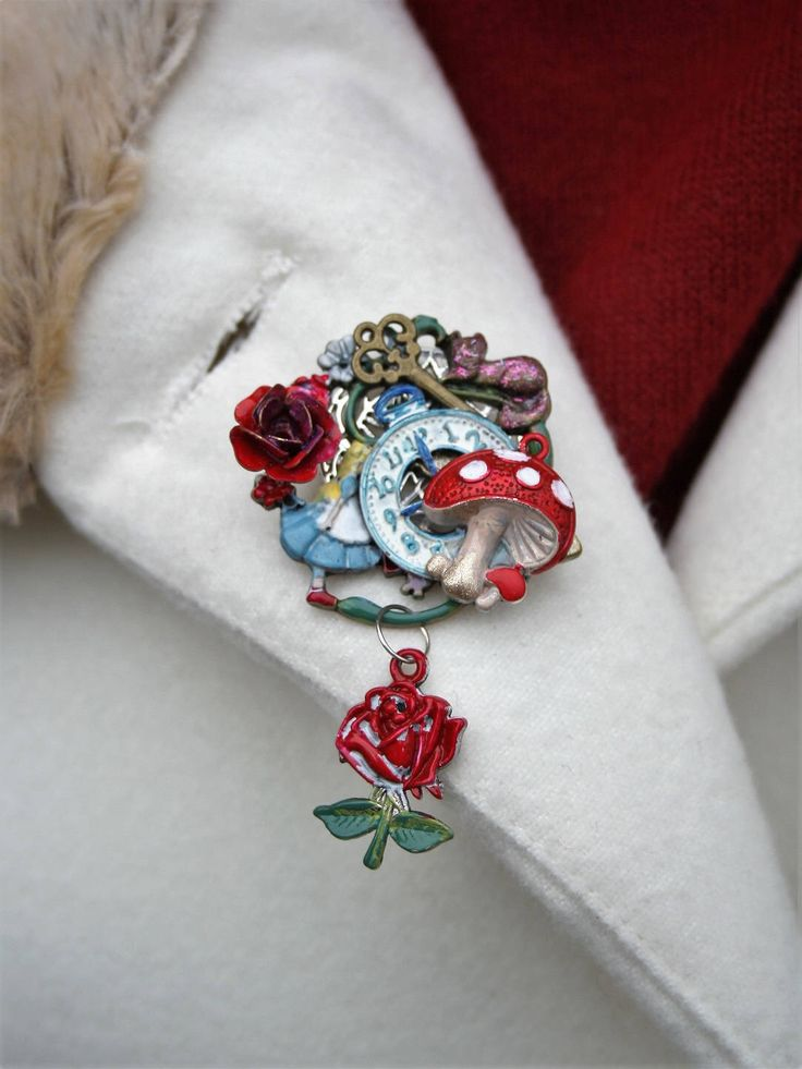 Alice in Wonderland Brooch, Alice in Wonderland Jewelry, Alice Jewellery, Kitsch Brooch, Alice Gift, White Rabbit, Mad Hatter, Choose One by BeretunDesigns on Etsy https://www.etsy.com/uk/listing/498781469/alice-in-wonderland-brooch-alice-in