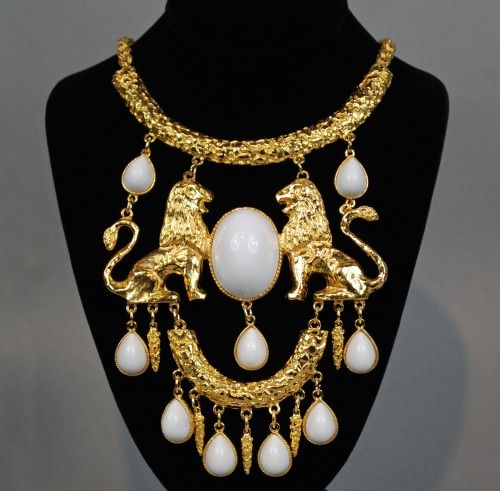 Necklace for Queen Cersei Lannister for King Joffrey's. Baratheon wedding . (OK, Costume jewelry, but still kind of cool!)